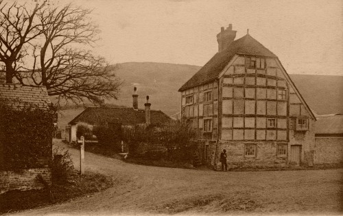 Kent Cottage in the 1900s
