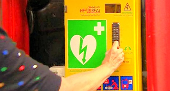Defibrillator in telephone box