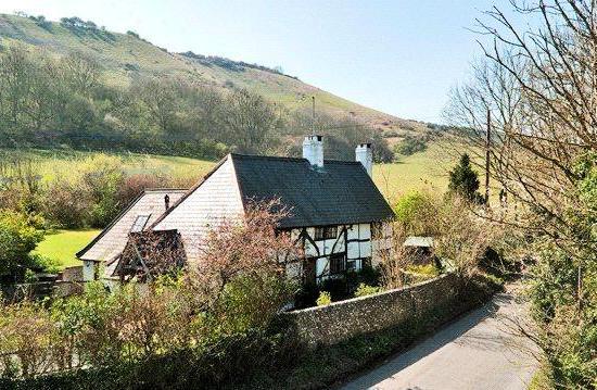September Cottage for sale in April 2014