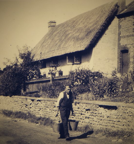 Old Thatch Fulking in 1947