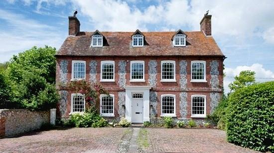Perching Manor, Edburton Road, Fulking, West Sussex