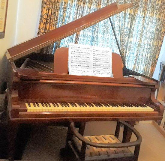 Kate's Piano
