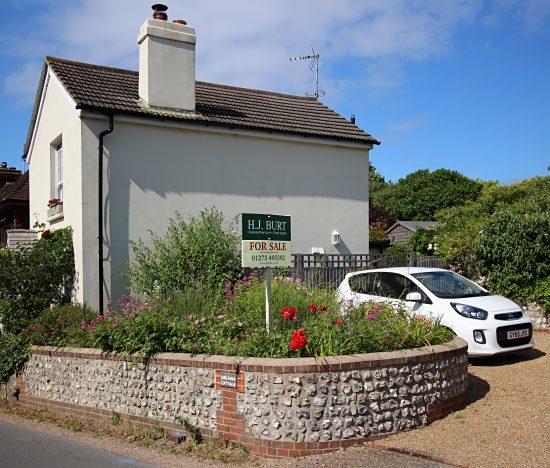 Arcadia Cottage